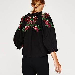 Zara TOP WITH 3-D EMBROIDERED BACK BLOUSE-7521/156